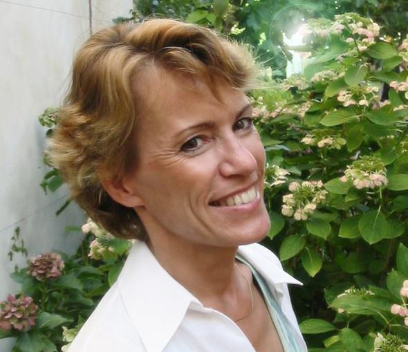 Cécile B
